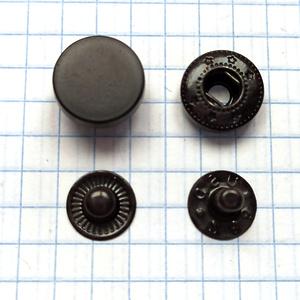 Кнопка гладкая 12.5мм черная