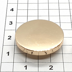 Кнопка гладкая 20мм светлое золото