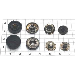 Кнопка пластиковая 15мм черная рифленая