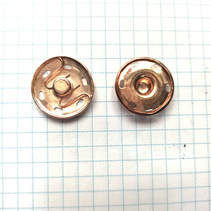 Кнопка пришивная 21мм светлое золото